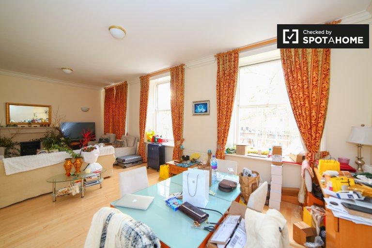 Duże 2-pokojowe mieszkanie do wynajęcia w Marylebone w Londynie