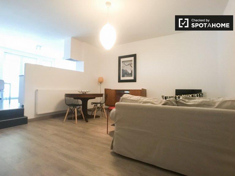 apartamento de 1 dormitorio en alquiler en Ixelles, Bruselas