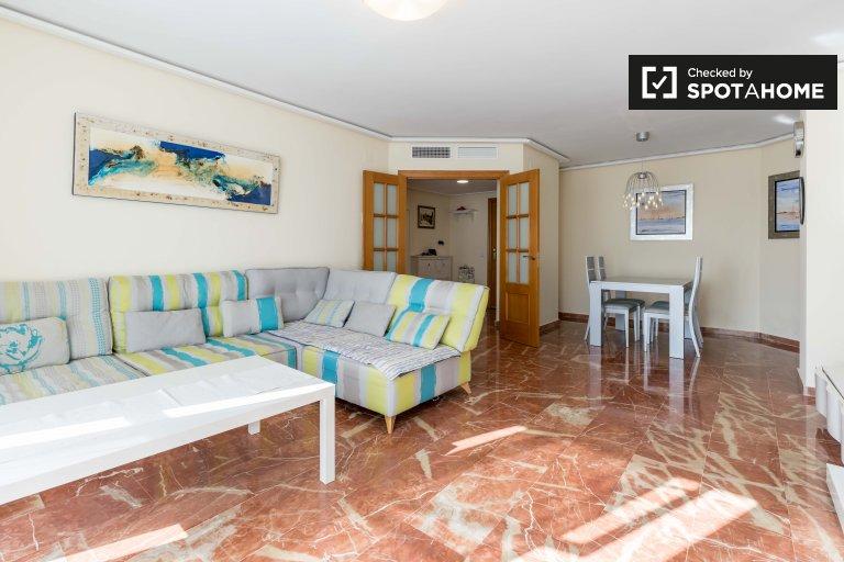 Ładne 2-pokojowe mieszkanie do wynajęcia w Quatre Carreres