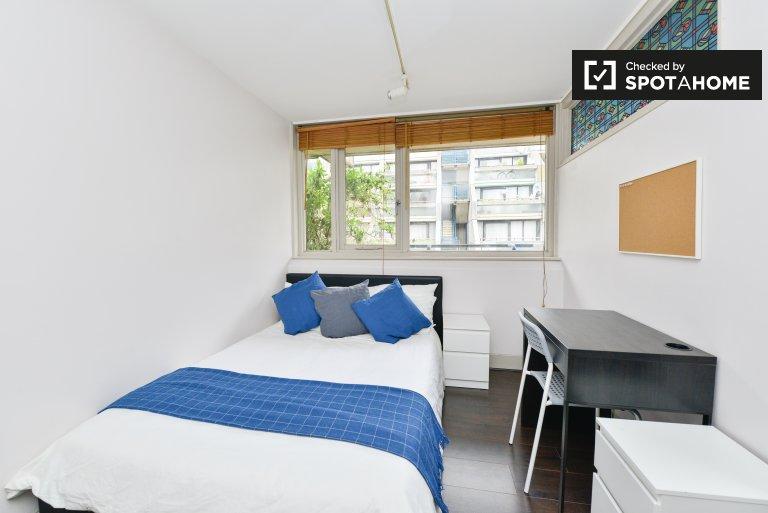 Camden, Londra'da 3 yatak odalı flatshouses'daki rahat oda