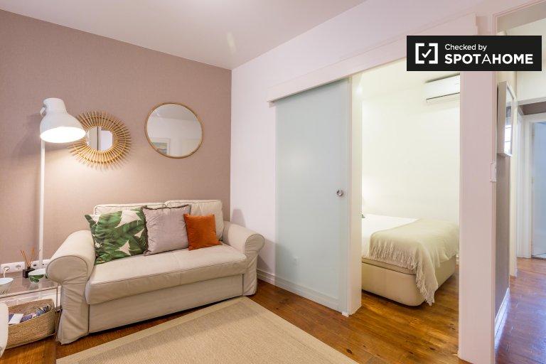 Stilvolle 1-Zimmer-Wohnung zur Miete in Santa Maria Maior