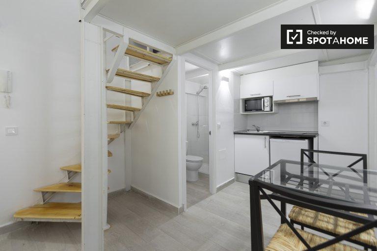 Estudio dúplex en alquiler en Usera, Madrid