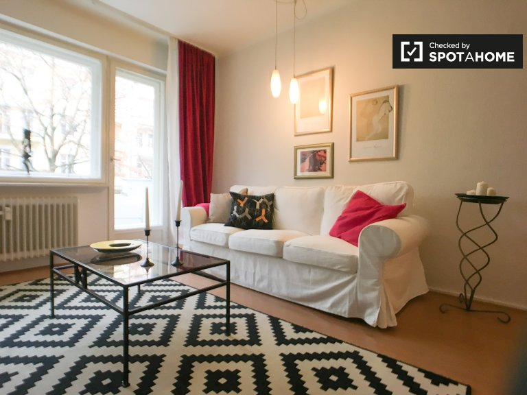 Chic 1-bedroom apartment with balcony for rent in Wilmersdorf