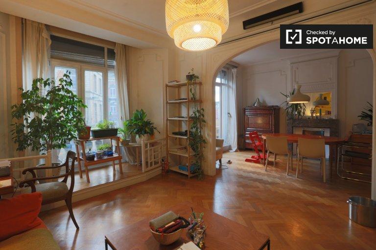 Sanit-Gilles, Brüksel'de kiralık 3 yatak odalı daire