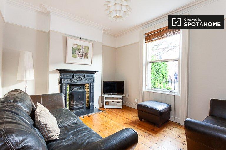 Dom z 2 sypialniami do wynajęcia w Clontarf, Dublin