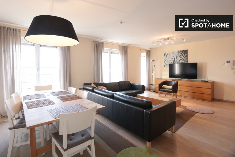 Schaerbeek, Brüksel'de 3 odalı kiralık daire