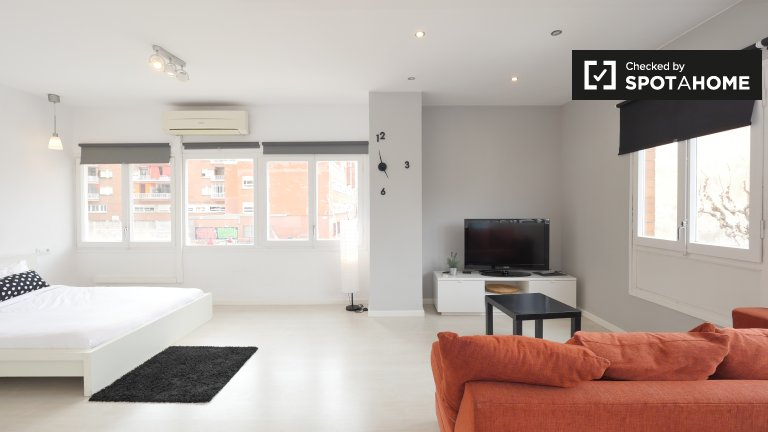 Studio apartment for rent in Hospitalet, Barcelona