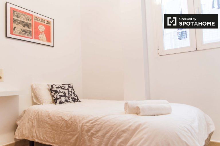 Quatre Carreres, Valencia'da 4 yatak odalı dairede oda