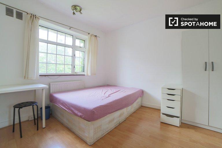 Acogedora habitación para alquilar en Bromley-By-Bow, Londres