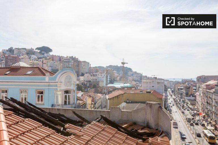 4-pokojowe mieszkanie do wynajęcia w Arroios w Lizbonie