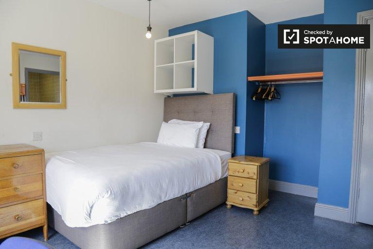 Pokój w 16-sypialniowej rezydencji w Stoneybatter w Dublinie