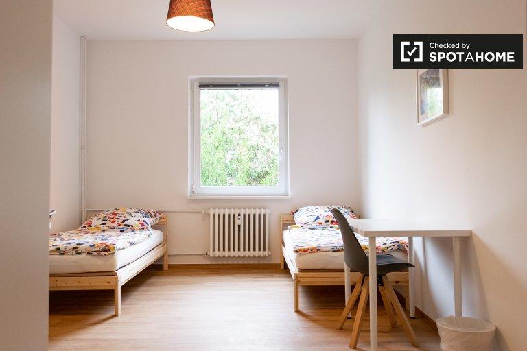 Cama para alugar em apartamento com 5 quartos em Reinickendorf