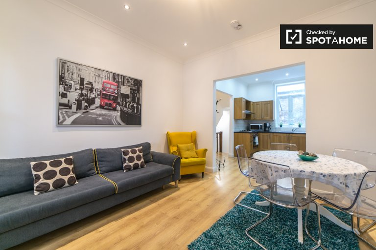 Apartamento moderno de 4 quartos para alugar em Camden, Londres