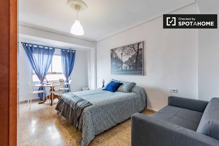 L'Amistat, Valencia'da kiralık güneşli oda