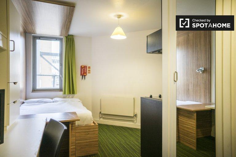 Habitación estudio en residencia en Whitechapel, Londres