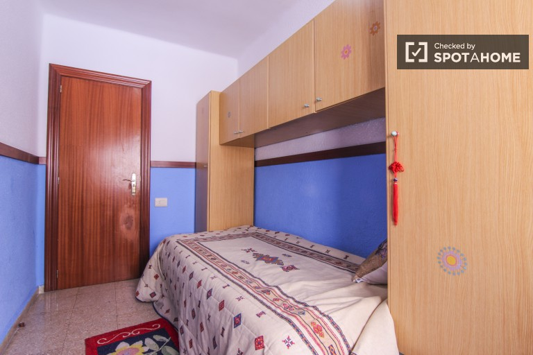 Interior single room 3