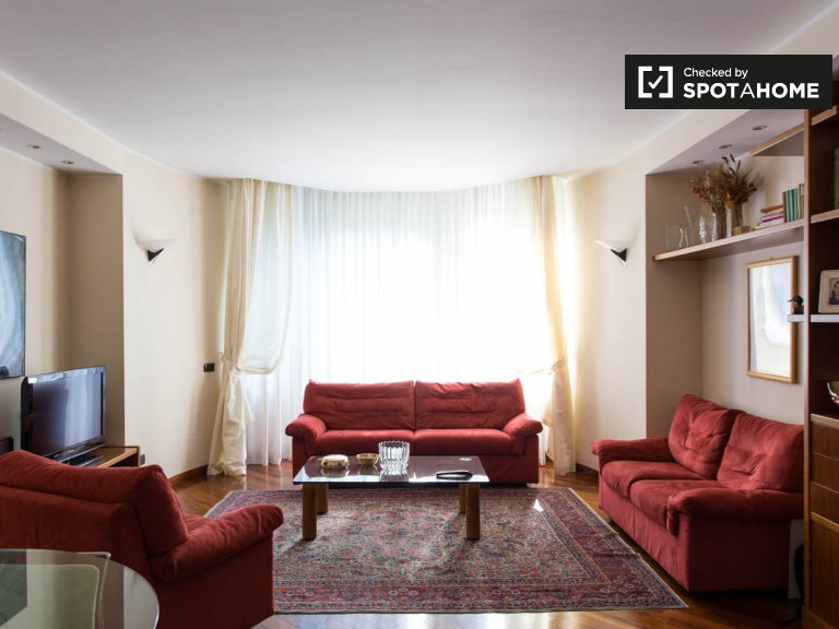 Furnished 2-bedroom apartment for rent in Cusano Milanino