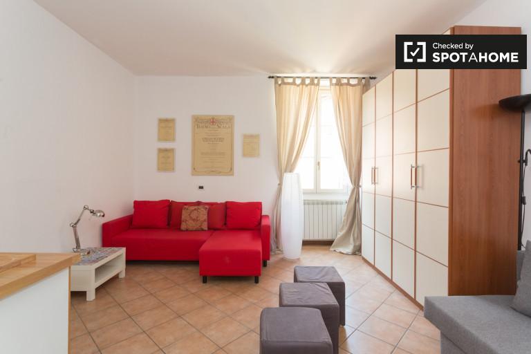 Apartamento de estúdio para alugar em Brera, Milão