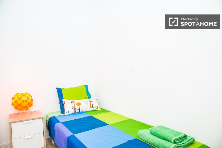 Room 2 - Single bed