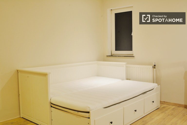 Bedroom 5 with Double Bed on 2nd Floor