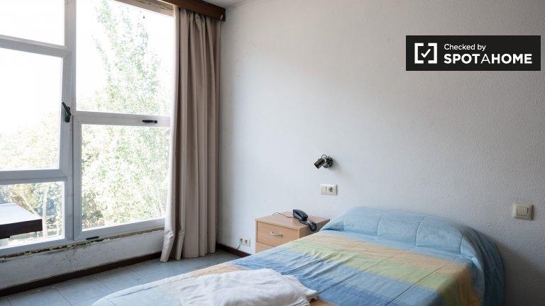 Pokój w rezydencji w Ciudad Universitaria w Madrycie