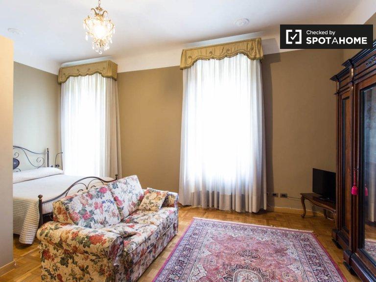 Stanza in affitto in appartamento con 6 camere da letto a Vigentino, Milano