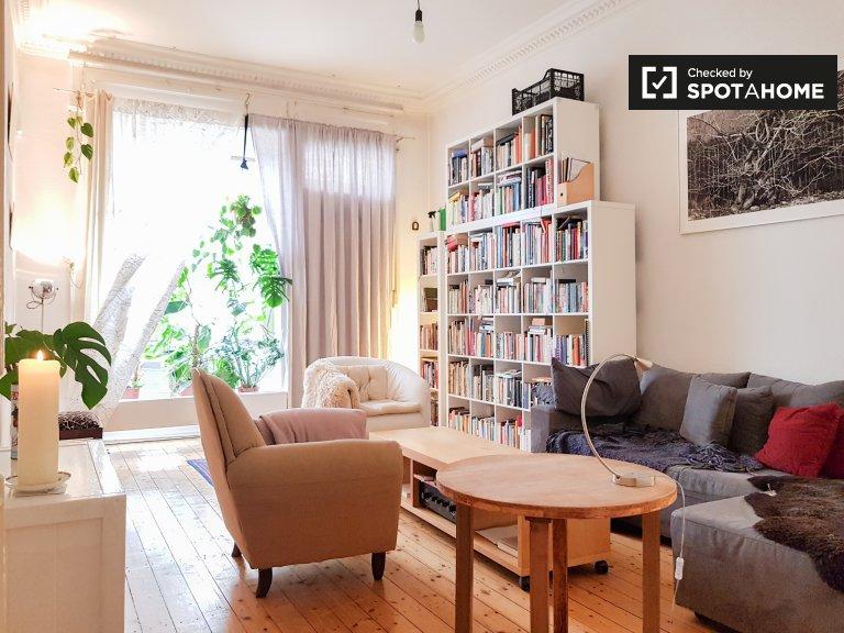 Uroczy apartament z 1 sypialnią do wynajęcia w Kreuzberg w Berlinie