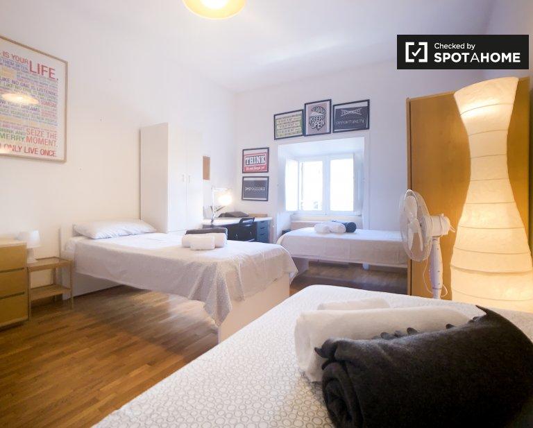 Spacious room in 2-bedroom apartment in Prati, Rome