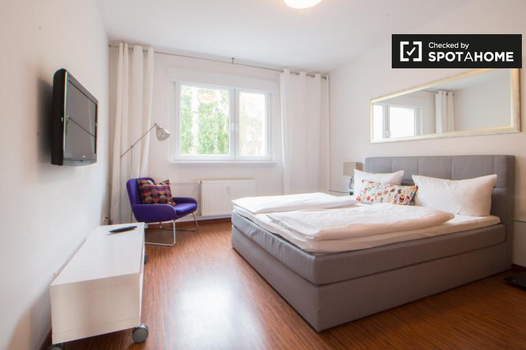 Good room in 2-bedroom apartment in Mitte, Berlin
