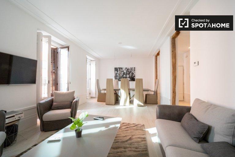 Luxuriöse 2-Zimmer-Wohnung zur Miete in Centro, Madrid