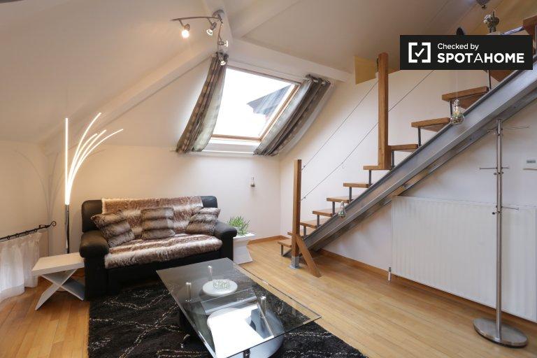 Appartement moderne de 2 chambres à louer, quartier européen