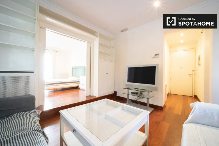 Espaçoso apartamento de 2 quartos para alugar em Chamartín, Madrid