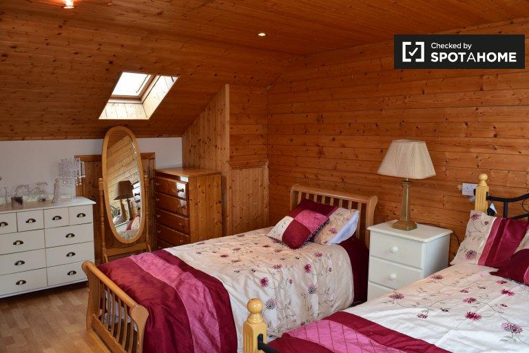 Privatzimmer in 3-Zimmer-Wohnung in Donaghmede, Dublin