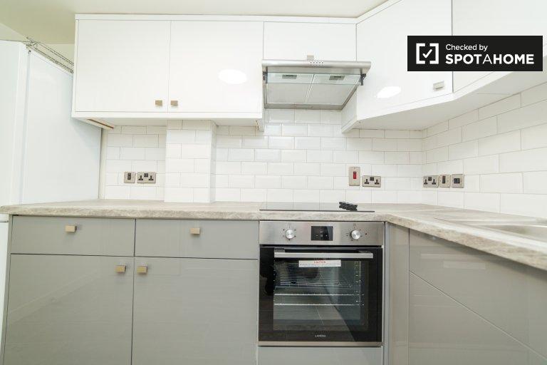 Apartamento de 2 quartos para alugar em City of Westminster, Londres