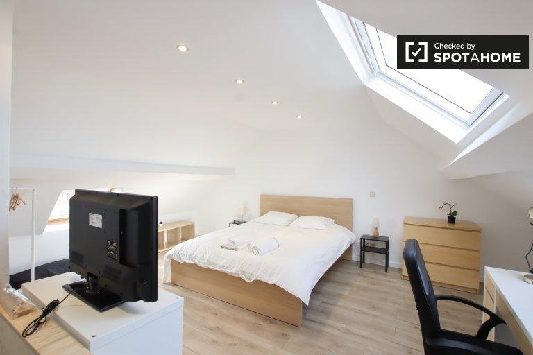 Saint Gilles, Brüksel'de 7 yatak odalı evde aydınlık oda