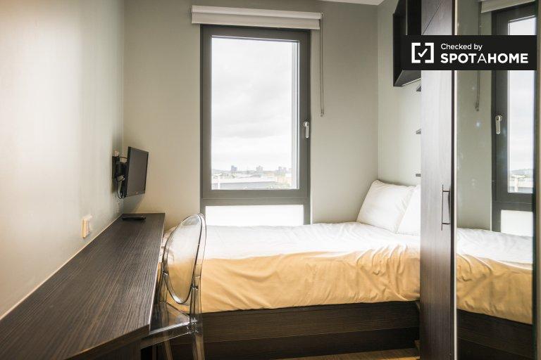 Schicke Studio-Wohnung in einer Residenz in Harlesden zu vermieten