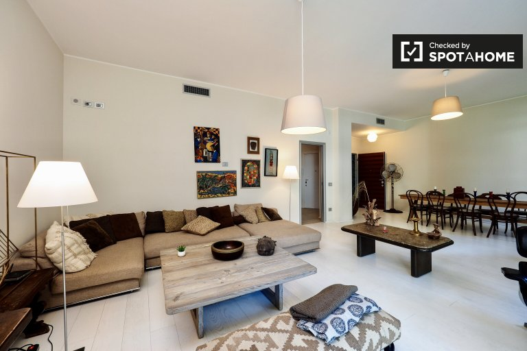 Gorgeous 3-bedroom apartment for rent in Porta Venezia