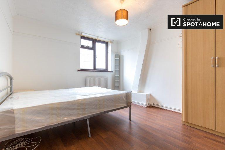 Chambre meublée dans un appartement de 4 chambres, Whitechapel, Londres