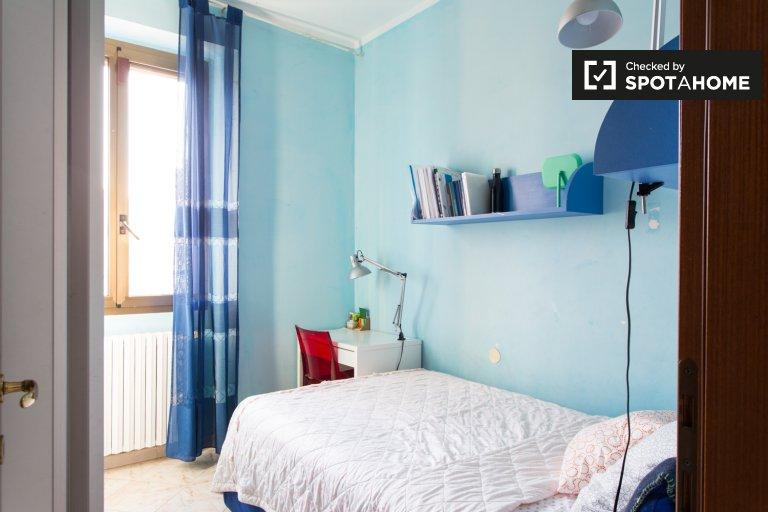 Zimmer zu vermieten in 3-Zimmer-Wohnung in Tibaldi, Mailand