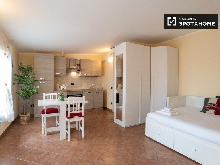 Apartamento de estúdio para alugar em Gorla, Milão