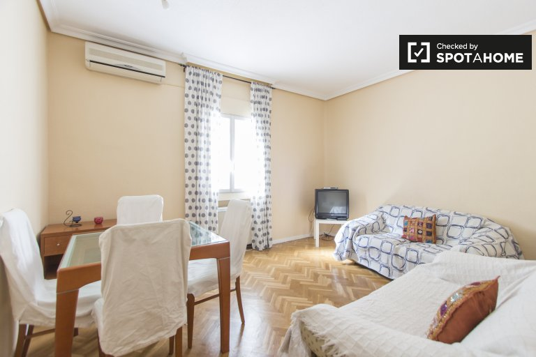 Apartamento de 3 quartos para alugar em Prosperidad, Madrid