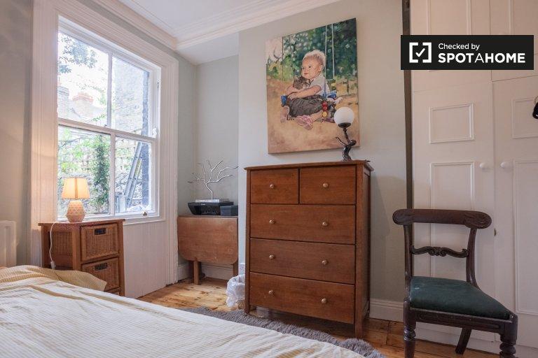 Quarto acolhedor em casa de 5 quartos em Drumcondra, Dublin