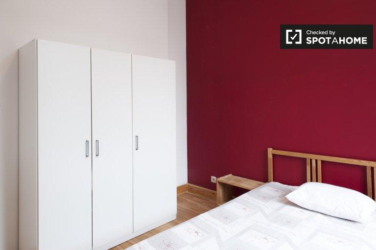 Ixelles, Brüksel'de 6 yatak odalı evde kiralık müsadeit daireler