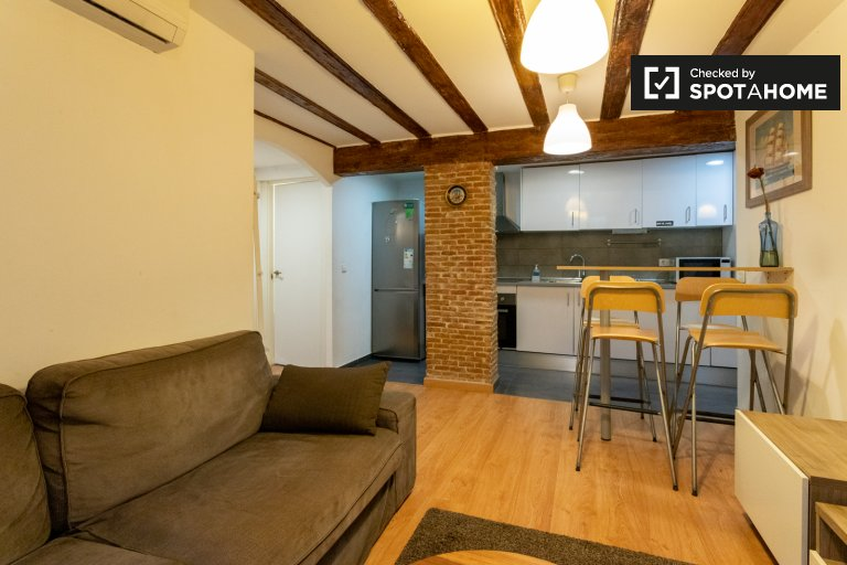 Apartamento de 2 quartos chique para alugar em El Raval, Barcelona