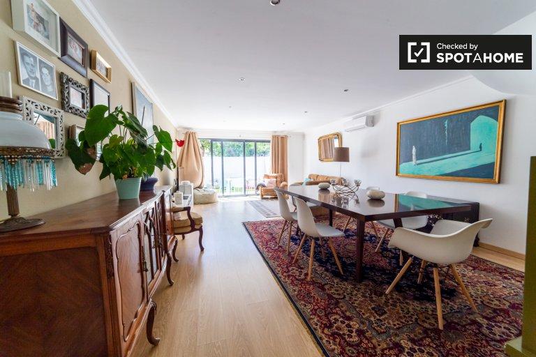 Wspaniałe 3-pokojowe mieszkanie do wynajęcia w Restelo, Lizbona