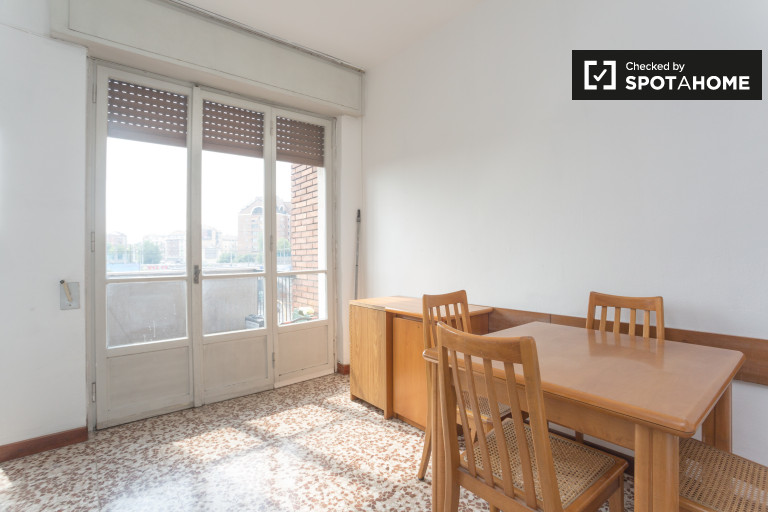 3-bedroom apartment for rent in Forlanini, Milan