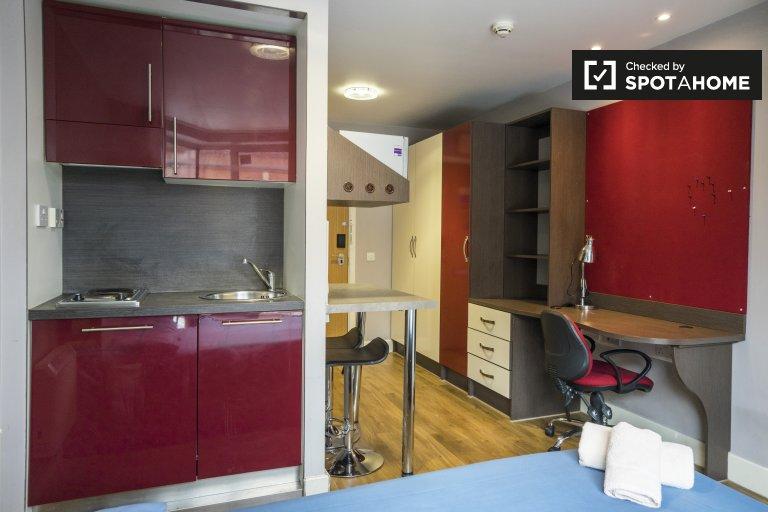 Habitación moderna en residencia en Camden, Londres