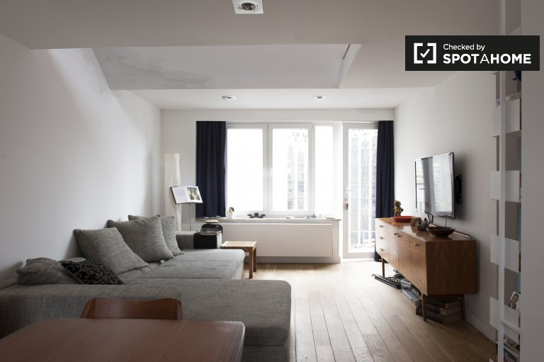 Spacious 1-bedroom apartment for rent in Ixelles