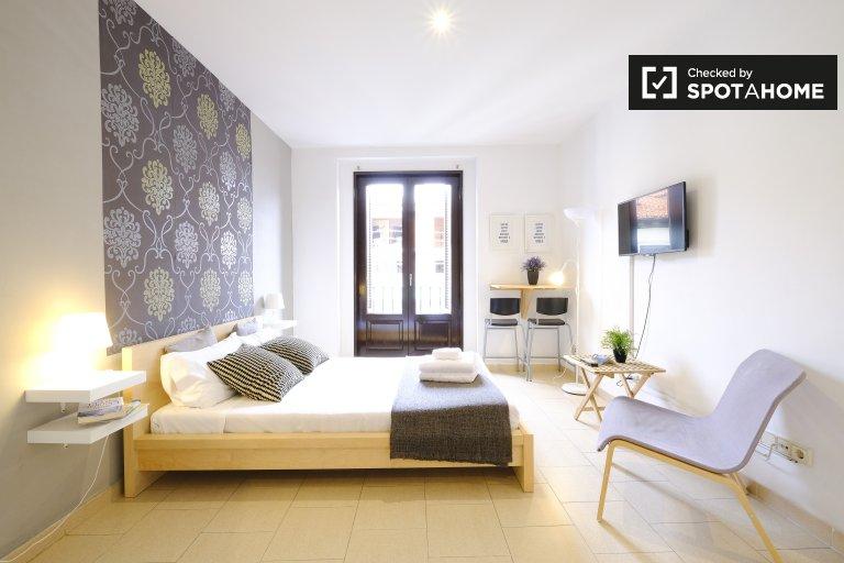 Slick Studio-Apartment zu vermieten in Centro, Madrid
