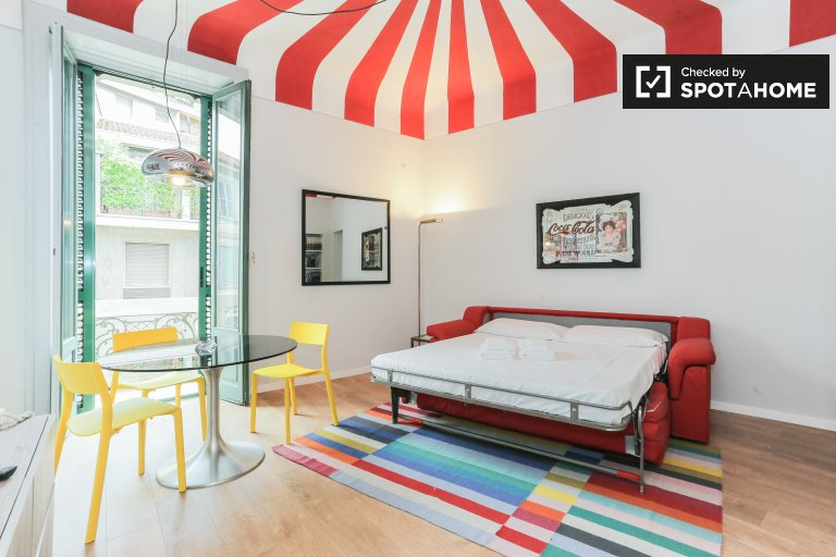 Studio apartment for rent in Monumentale, Milan